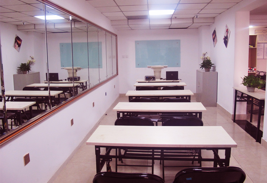 思齐职业培训学校-教室环境图二