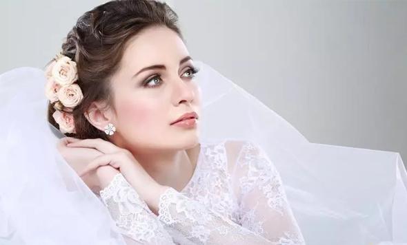 化妆师在婚礼中的重要性——新娘造型